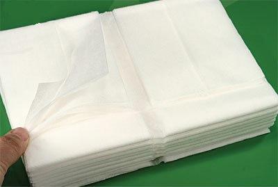 Palags neausta materiāla,150×240 cm.