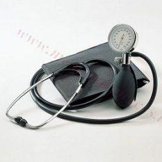 Tonometrs mehāniskais ar iestrādātu stetoskopu BOSO.